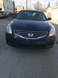 2011 Nissan Altima 2.5 special edition new safety