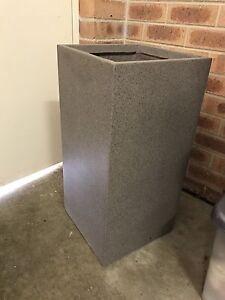 Clay-fibreglass pot Queanbeyan Queanbeyan Area Preview
