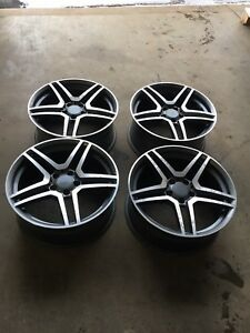 "Mercedes 18"" replica alloy wheels"