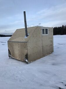 Ice fishing shack 7'x10'
