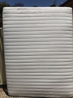 Queen size mattress ( free delivery)