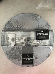 Snowflake Ceramic Cake Stand & Measuring Cups- NEW!