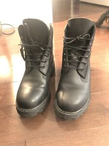 Timberland Icon Unisex size 7 all black leather