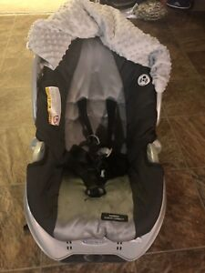 Graco Car Sear With Base