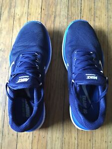 Men's Nike Free Train V7 - Size 9