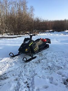 2014 summit x 800 xm electric start