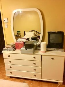 Bedroom set  with its own desk plus a separate desk ,