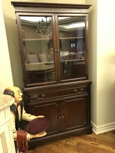 Knechtel mahogany furniture living and dining room LIKE NEW