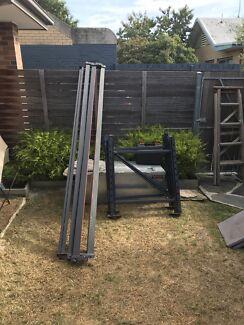 Strong Pallet rack / workbench just needs a top