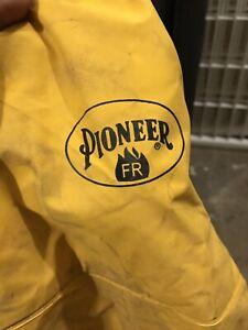 Heavy Duty rain gear pants (dusty but brand New) pioneer SZ XXL