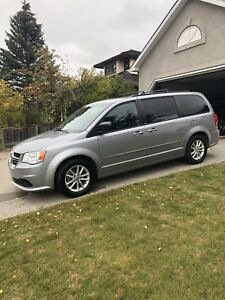 COME SEE! 2013 Dodge Grand Caravan- NEW TIRES, DVD, R.START