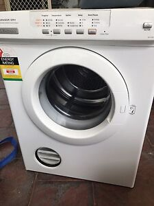 Electrolux sensor dryer 5kg Windsor Gardens Port Adelaide Area Preview