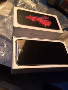 iPhone 6s 32 g black Fido Rogers chatr