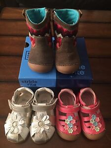 Gently used baby girl shoes