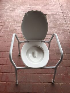 Over toilet aid seat Moorebank Liverpool Area Preview