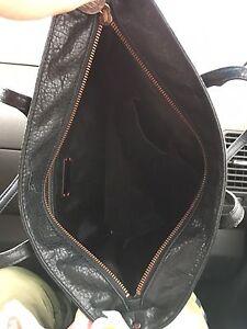 Dkny bag Cambridge Kitchener Area image 2