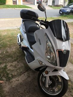 CFMOTO 250 SCOOTER