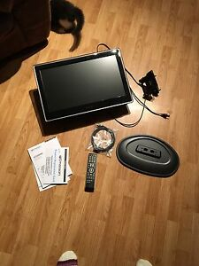 22 inch flat screen TV with DVD player
