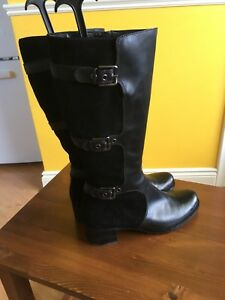 Like New ECCO Ladies Leather/Suede Black Tall Boots 11