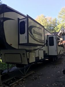 2015 Elkridge 38 RSRT model fifth wheel