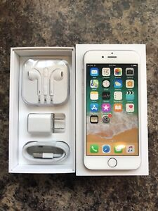 Unlocked 10/10 Condition iPhone 6 16GB with Box & Accessories