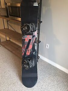 Nitro Snowboard with Flow Bindings