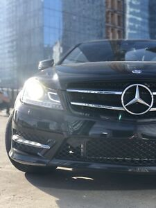 2012 Mercedes C350 Coupe *Low KM's*
