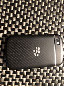 Blackberry Q10 - unlocked and in good condition