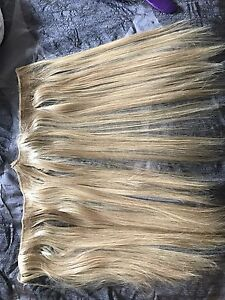 """19"""" blonde extensions"""