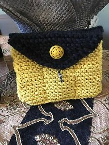 Essential Oil hand Knit carrying case Pouch