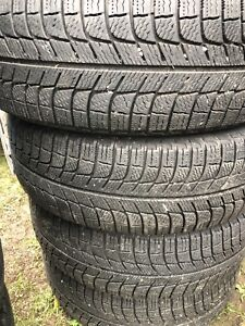 4 pneus hiver 205/65/16