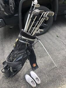 Time to get ready for spring! Woman's golf clubs