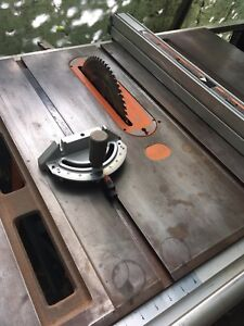 10 in Ridgid TS3650 professional Table Saw