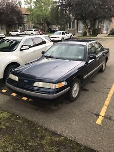 92 Ford Crown Victoria LX
