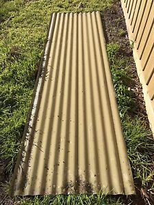 Recycled green Colorbond corrugated iron 2.9 m long Vic Dromana Mornington Peninsula Preview