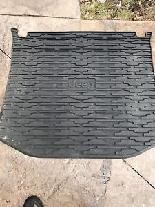 Jeep Grand Cherokee Rear Trunk Cargo Liner