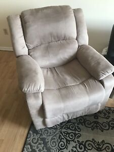 Recliner - Lazy Boy Chair