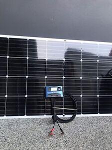 200 Watt Flexible Solar Panel Setup with 30 Amp MPPT Reg for Caravan
