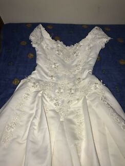 Henri Josef Wedding Dress