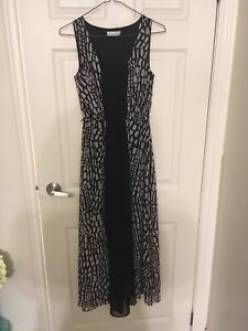 Assorted women's clothing size Xs and small