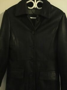 Women's Black leather jacket from Danier size extra small