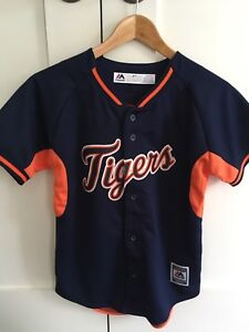New youth Tigers jersey (size 10/12)