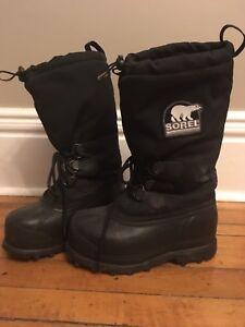Men's Sorel boots size 6