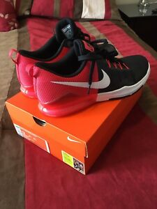 Nike Zoom Train Actions size 12