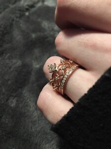 (Size 5) beautiful New Rose Gold ring from charmed aroma