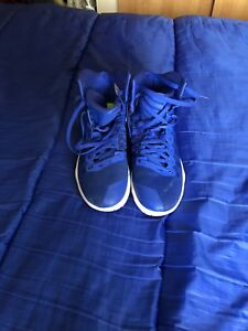 Basketball shoes-Nike Hyperdunk sz 11