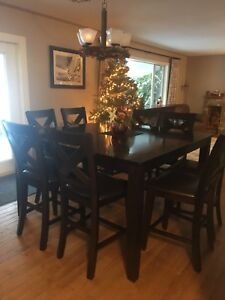 Dining Table & Chairs Set - Furniture