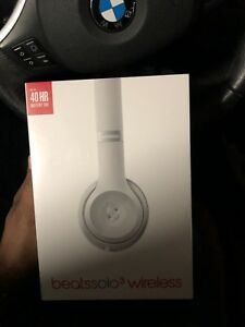 Beats solo wireless packed