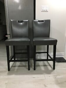 Counter Chairs/Stools