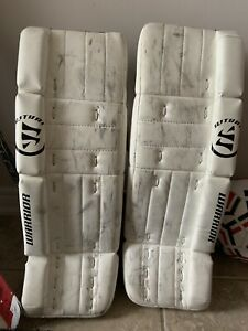 24 Goalie Pads | Kijiji in Ontario  - Buy, Sell & Save with Canada's